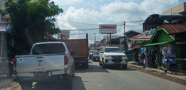 Jalan di Pusat Ibukota PALI Kerap Macet. Ini Penyebabnya..