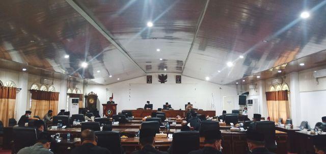 DPRD PALI Umumkan Pemberhentian Bupati dan Wakil Bupati