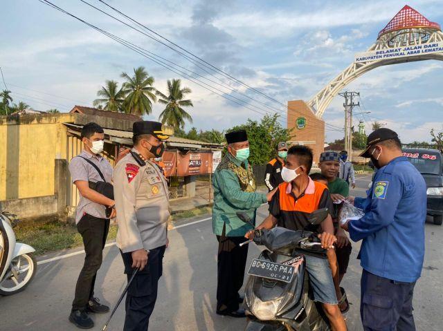 Pj Bupati dan Kapolres PALI Tinjau Pos Penyekatan dan Pengamanan Lebaran