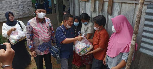 Mata Peduli dan PBB PALI Salurkan Bantuan Paket Sembako