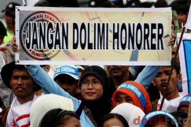 Sekolah Lambat Urus Dana BOS, Guru Honor Belum Gajian